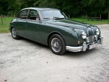 Jaguar MK II 1962.jpg